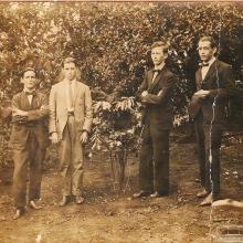 Grupo de amigos, década de 1930.