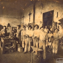 Interior da Fábrica Saran, 1901.